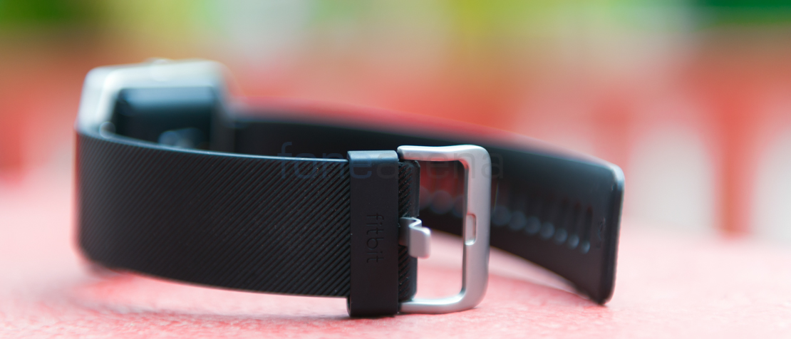 how to turn on fitbit blaze