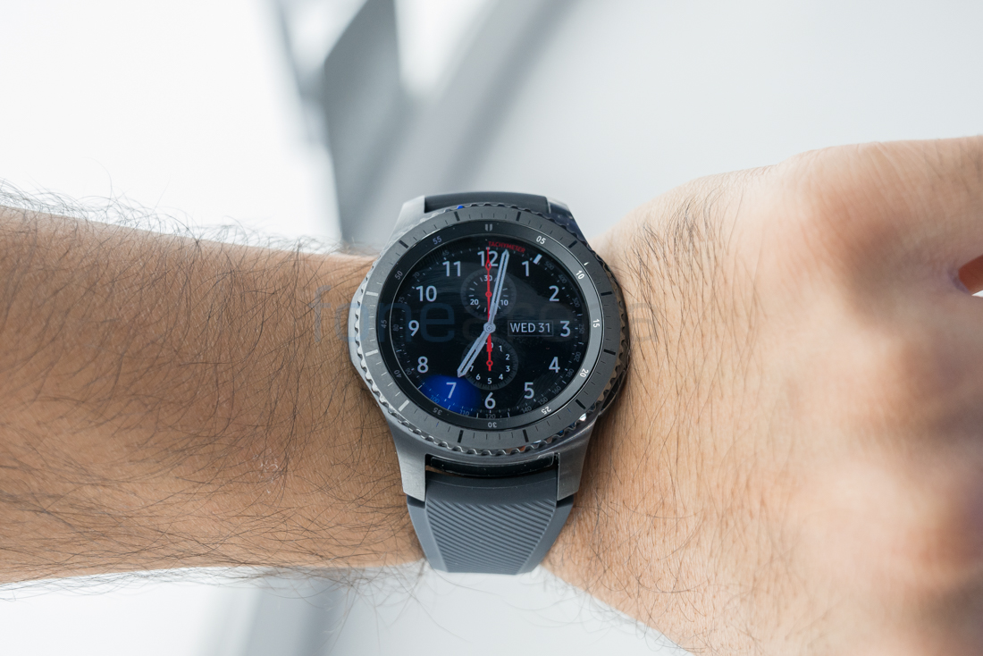 samsung gear s3 classic and gear s3 frontier launched in. Black Bedroom Furniture Sets. Home Design Ideas