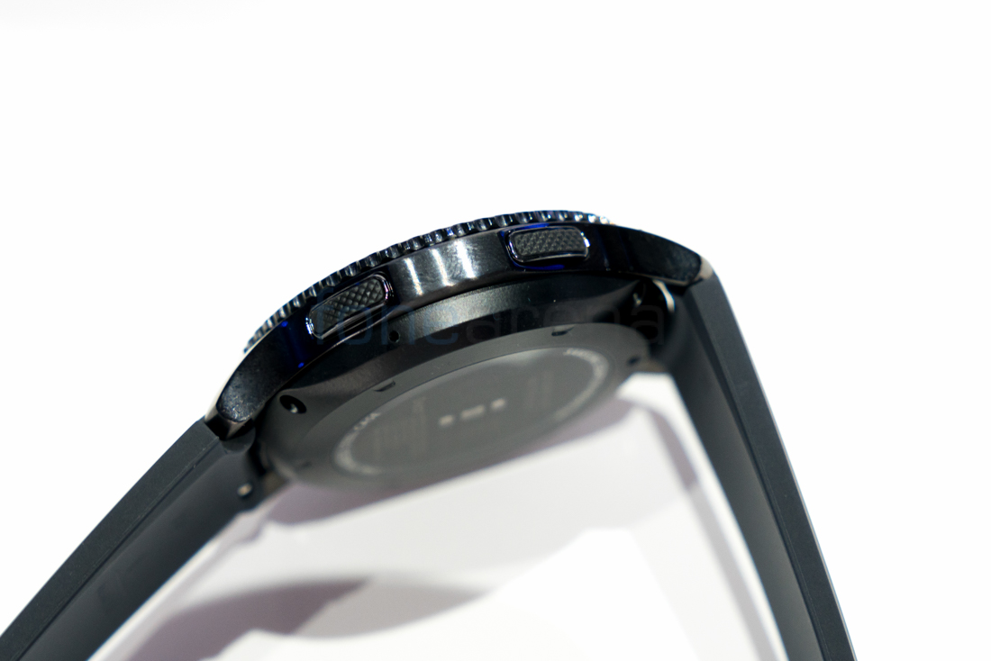Samsung Gear S3 Frontier Hands On and Photo Gallery
