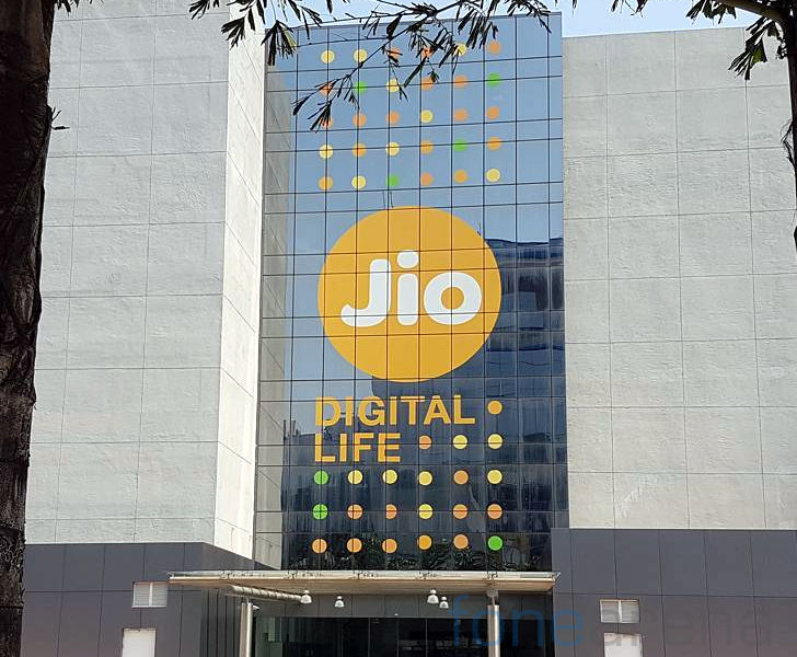 Reliance Jio reports Rs. 504 crore profit in Q3, has over 160 million customers