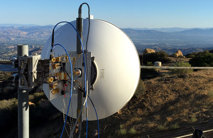 Facebook demos record 20 Gbps data rate over 13 km with millimeter-wave technology