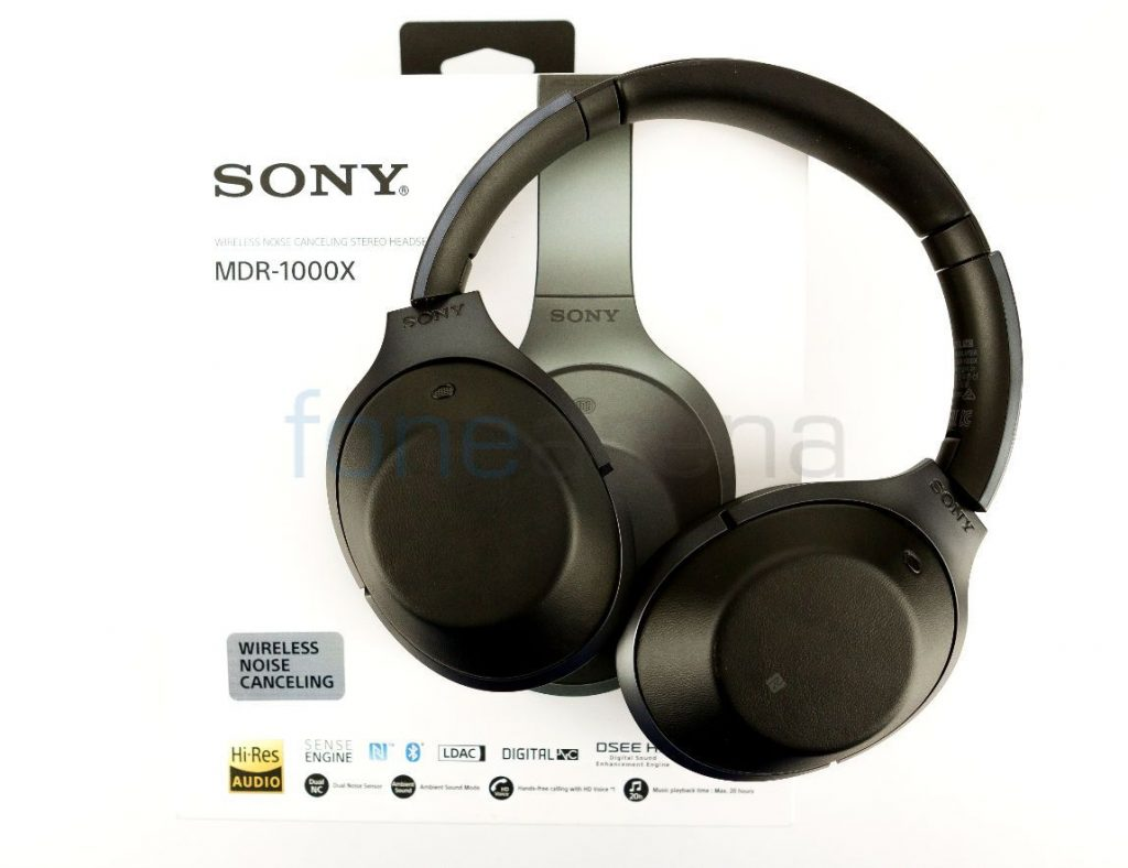 Sony MDR-1000X Unboxing – Noise cancelling Bluetooth headphones