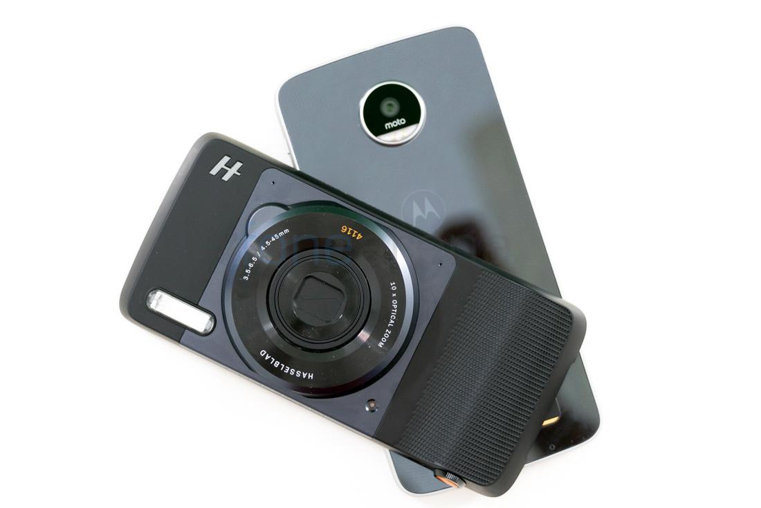 Hasselblad TrueZoom Moto Camera Mod Review