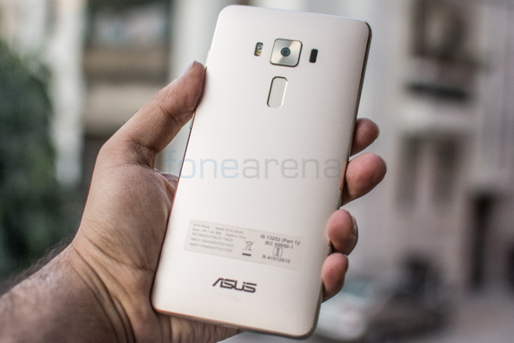 asus-zenfone-3-deluxe-review-9