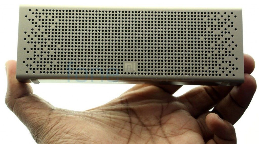 xiaomi-mi-bluetooth-speaker_fonearena-01-1024x569