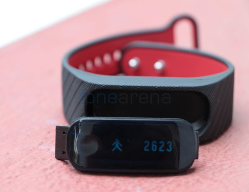 Fasttrack Reflex Fitness Tracker Launched Whatsapp Text Status