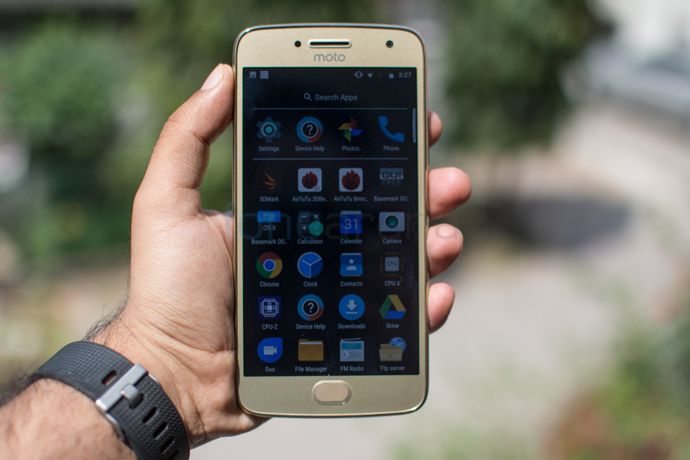 Moto G5 Plus Review -7