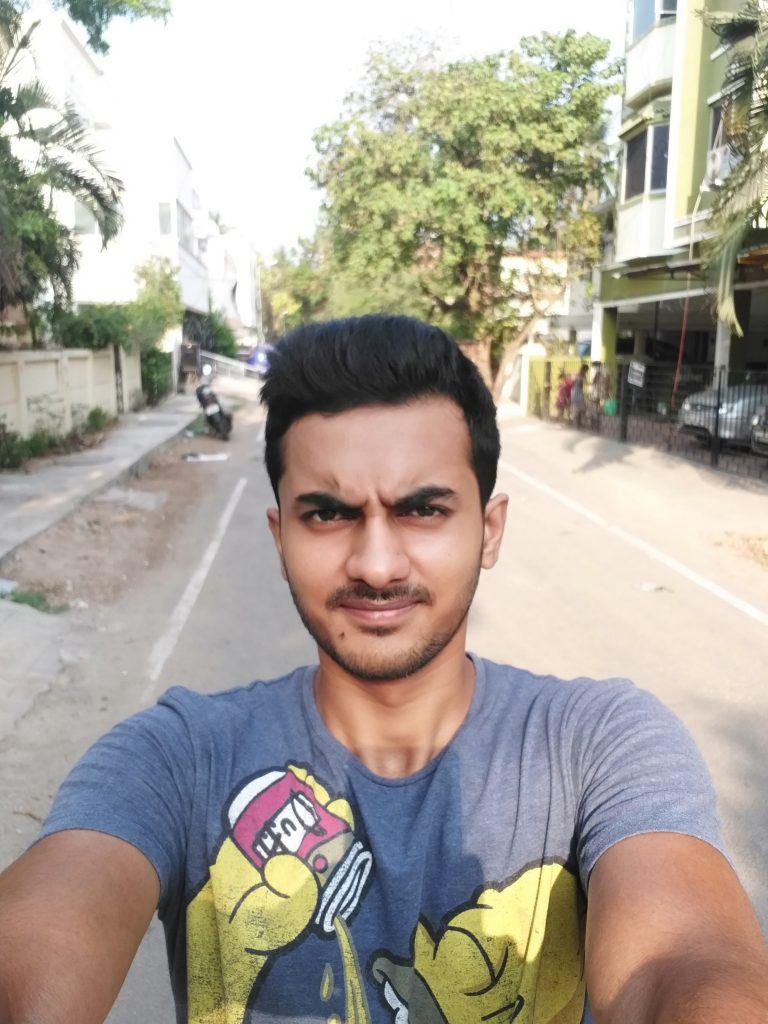 Galaxy-C7-Pro-Selfie