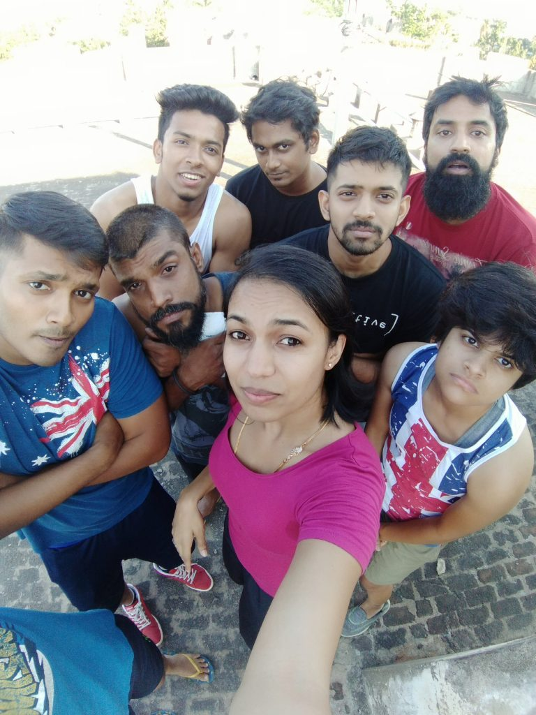Oppo-F3-Rohini-Group-1
