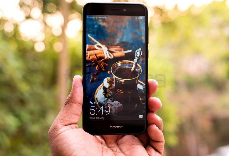 best-smartphones-under-15000-Honor-8-Lite