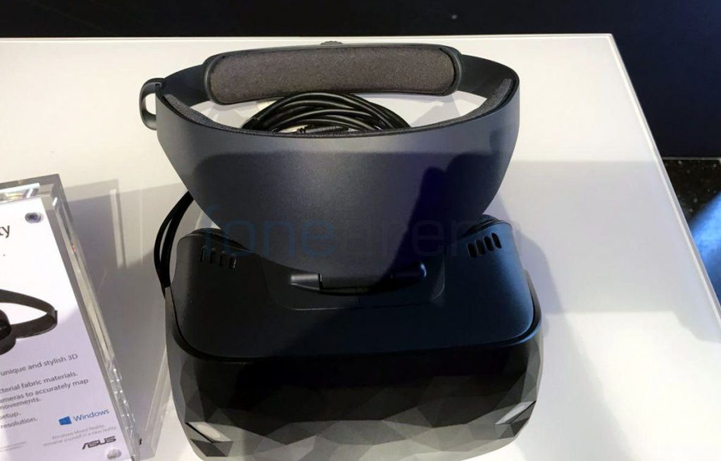 ASUS Windows Mixed Reality headset_fonearena-3