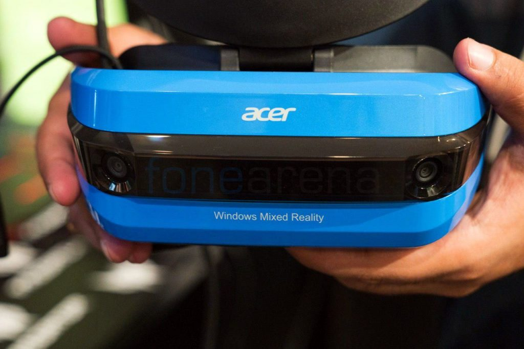 Acer Windows Mixed Reality headset_fonearena-1