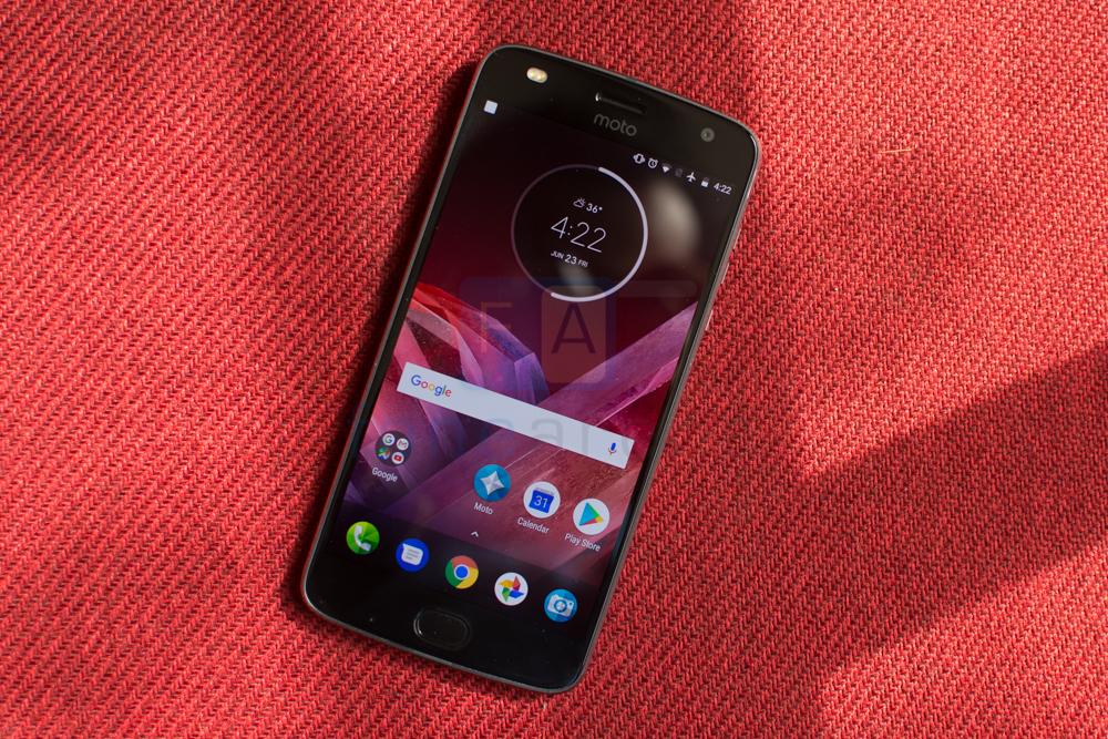 Android-8.0-Oreo-phones-Moto-Z2-Play