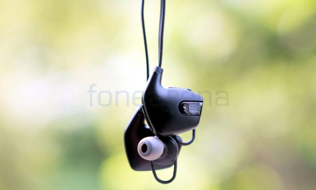 soundbot sb565 bluetooth headset review. Black Bedroom Furniture Sets. Home Design Ideas
