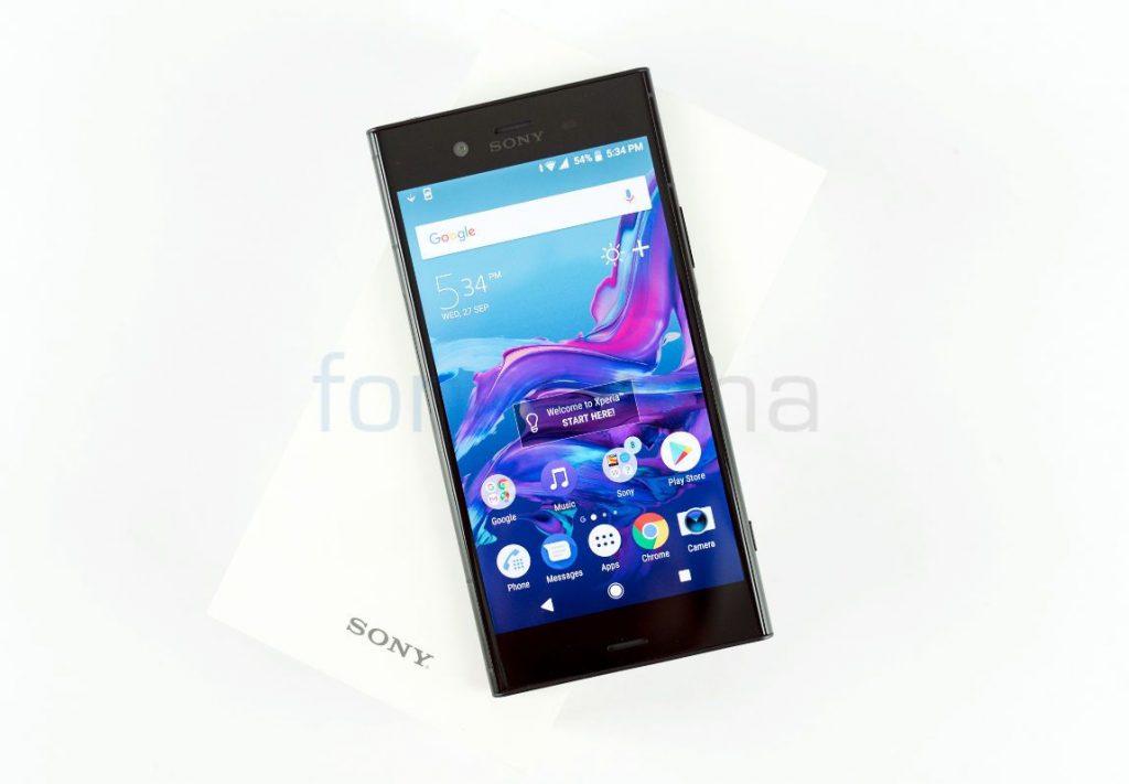 Sony Xperia XZ1_fonearena-01