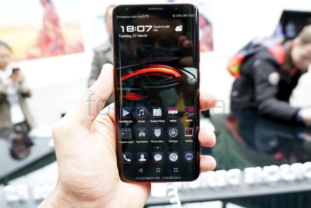 porsche design huawei mate rs hands on and photo gallery. Black Bedroom Furniture Sets. Home Design Ideas