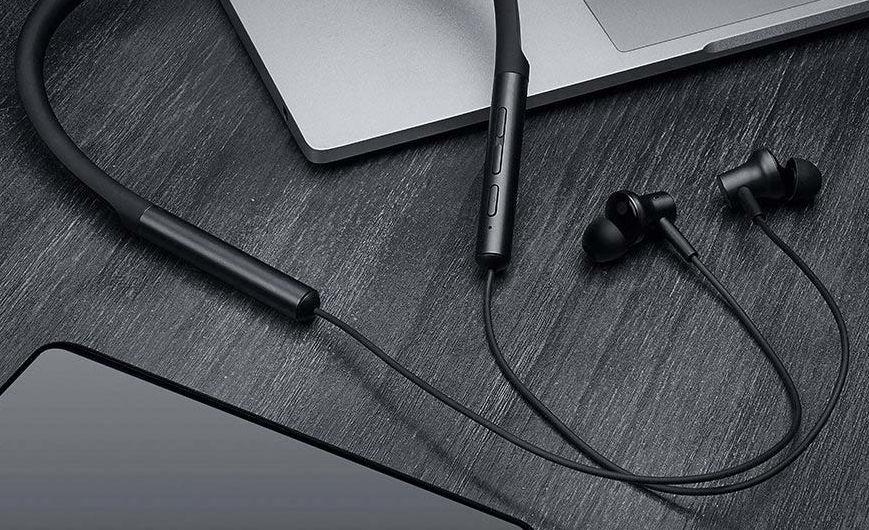 xiaomi introduces mi bluetooth earphones mi dual unit semi in ear headphones and electronic. Black Bedroom Furniture Sets. Home Design Ideas