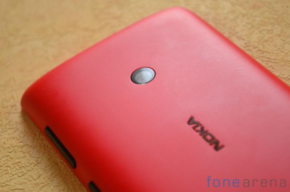 Nokia-Lumia-520-6