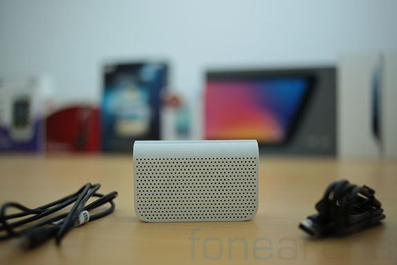 blackberry-mini-stereo-speakers-9