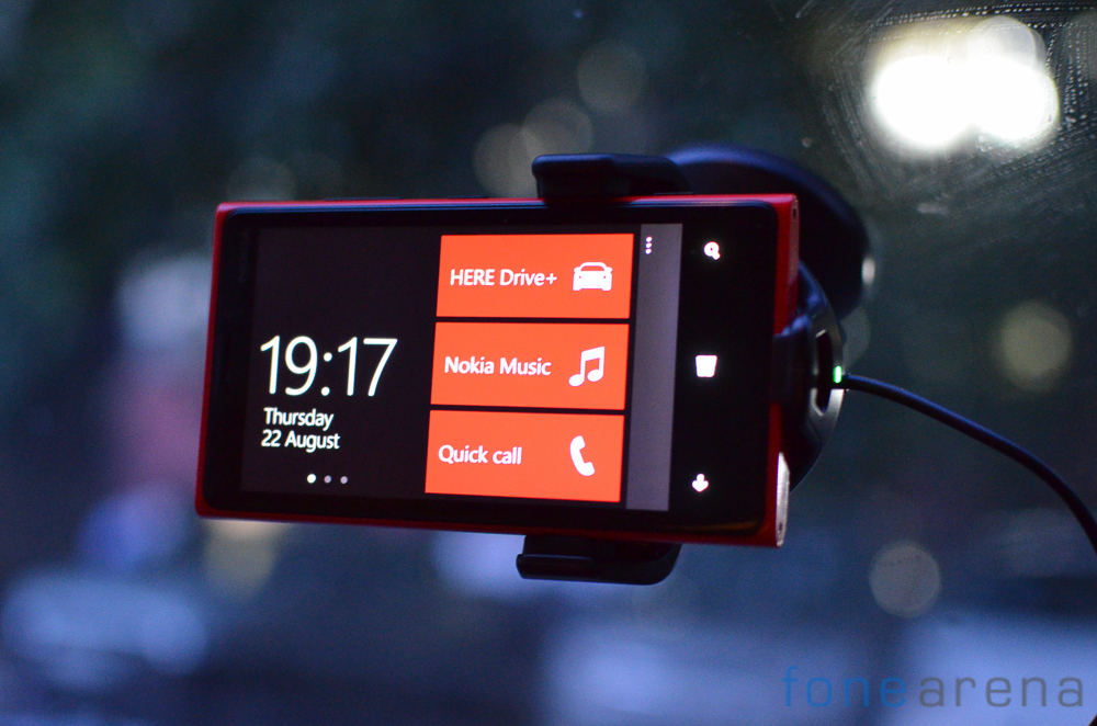 Nokia-CR-200-Car-Charger-2