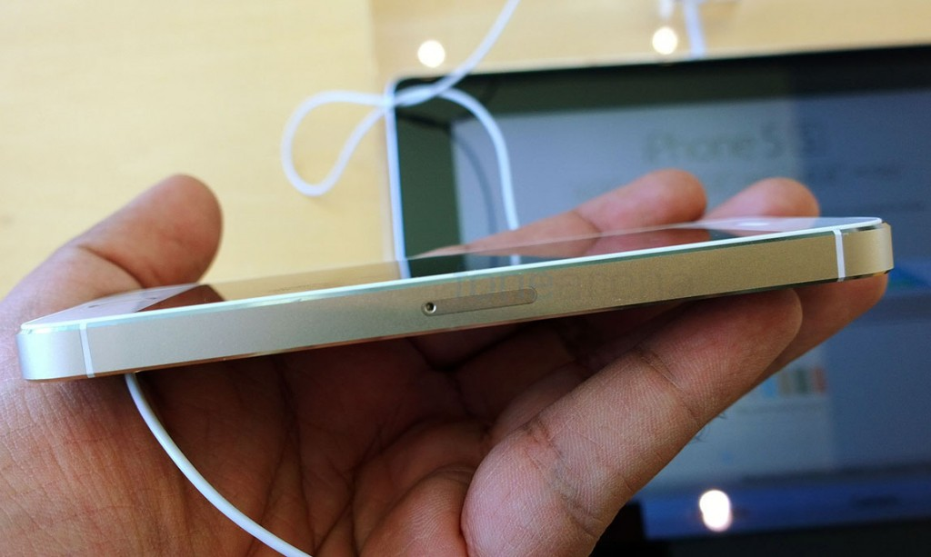 apple-iphone-5s-gold-hands-on-5