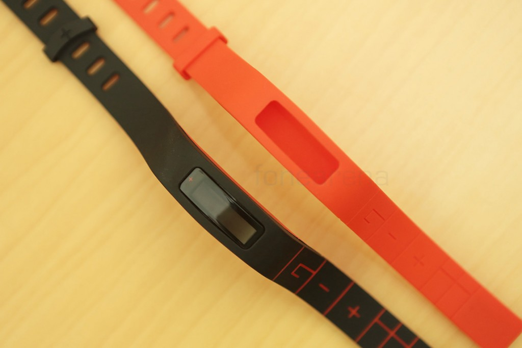 goqii-fitness-band-unboxing-8