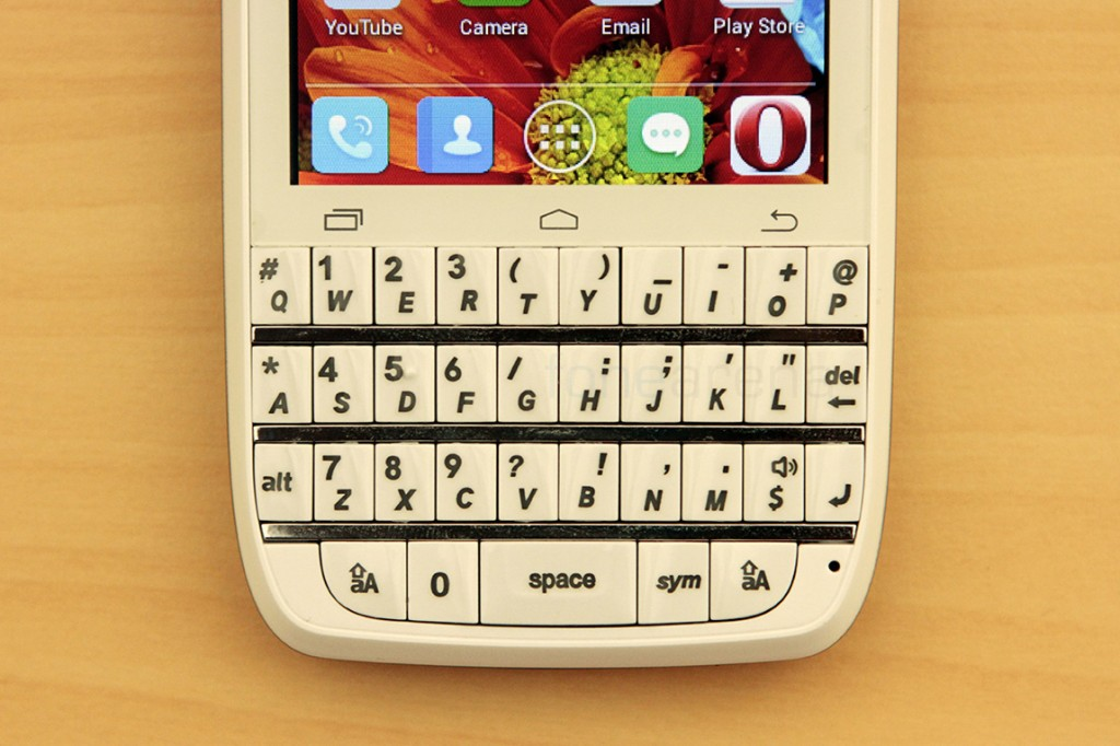 spice-stellar-360-qwerty-review-13