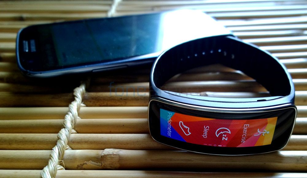 SAMSUNG GEAR FIT REVIEW-21