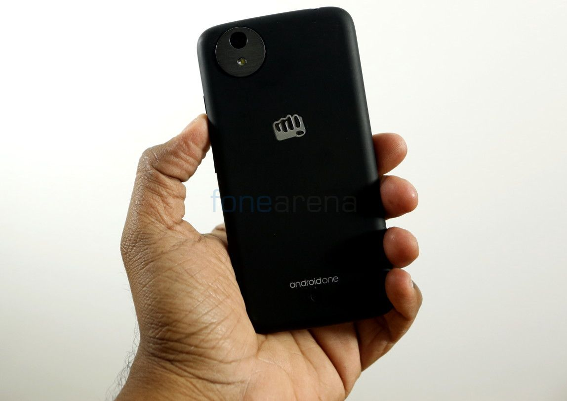 Micromax Canvas A1 AQ4502 with 8GB internal memory, Android