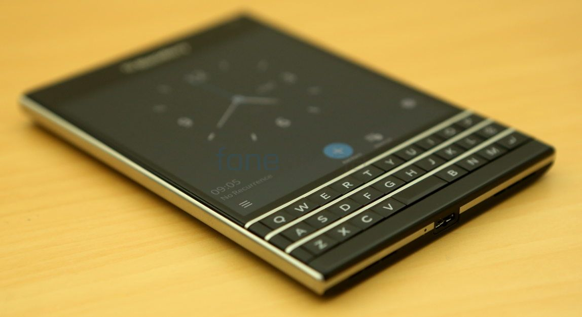 Hd Images Of Blackberry Passport Wallpapersimages Org