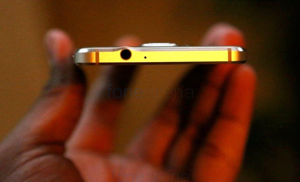 Samsung-Galaxy-Alpha-Gold_fonearena-06
