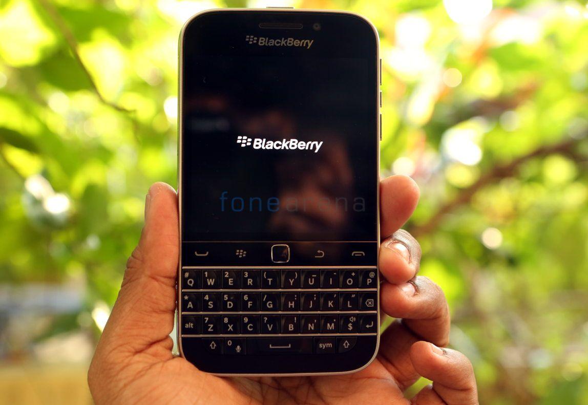 BlackBerry Classic_fonearena-10