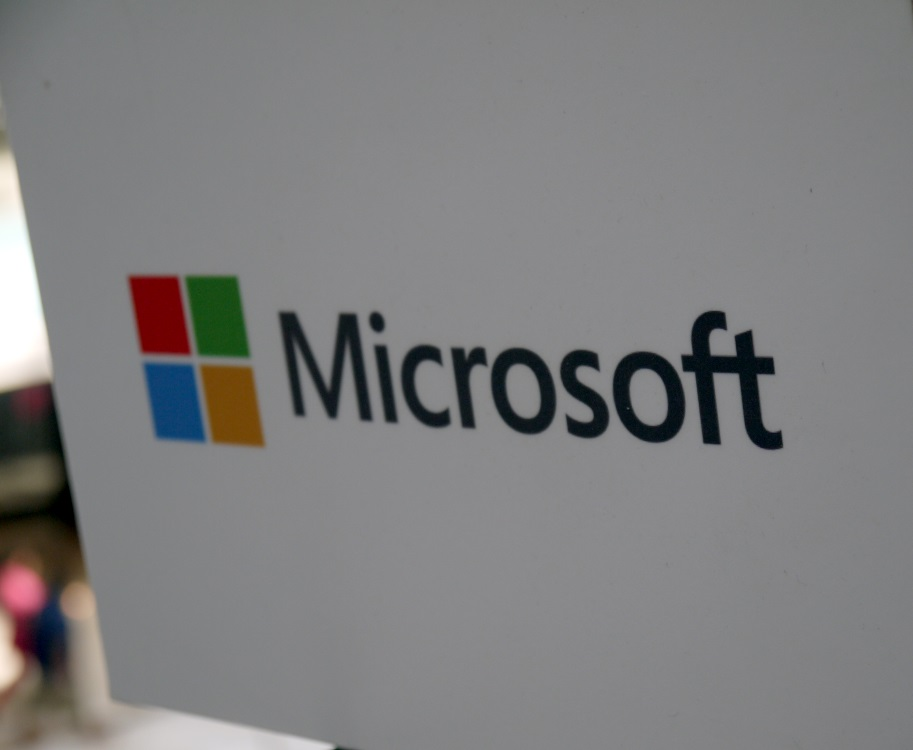 microsoft_logo_priority_store_gurgaon_fonearena