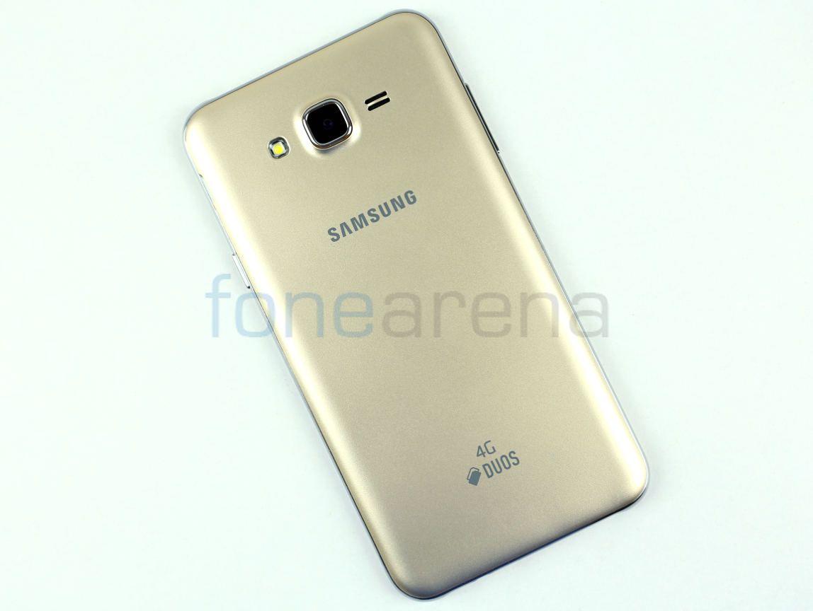 Samsung Galaxy J7 Photo Gallery