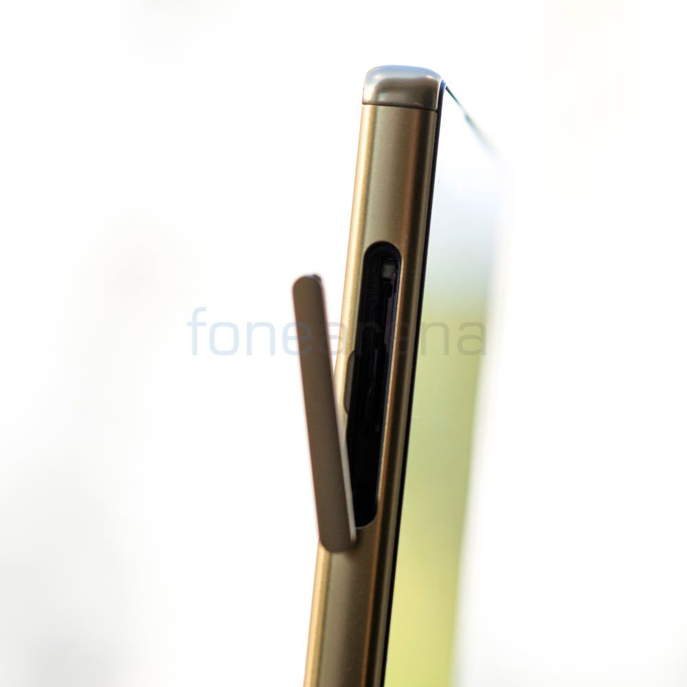 Sony Xperia Z5 Premium _fonearena-05