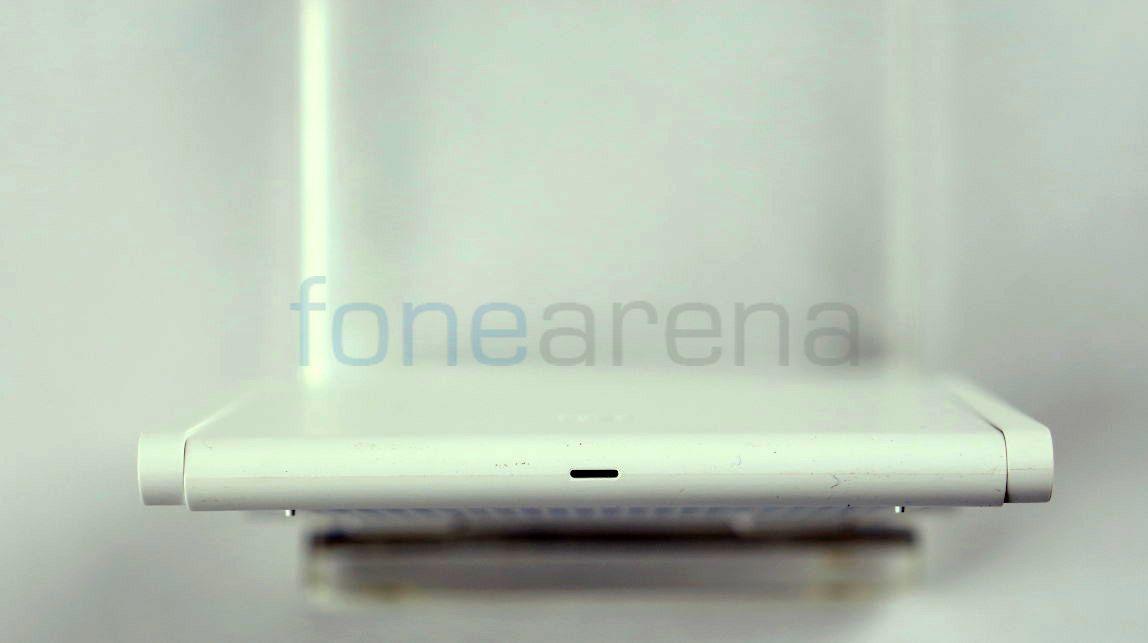 Xiaomi Mi Wi-Fi Nano_fonearena-02
