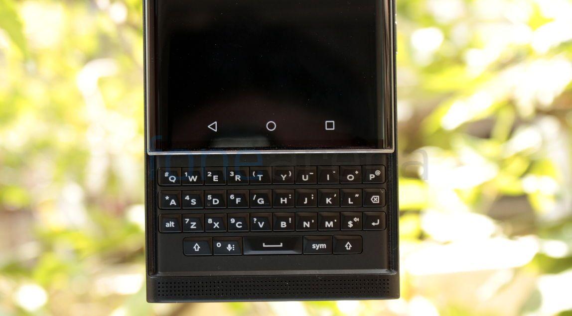 BlackBerry Priv_fonearena-5