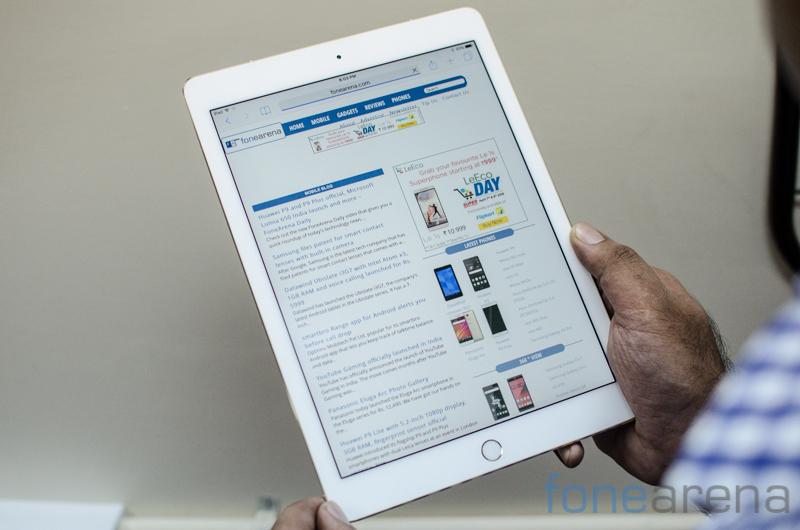 iPad Pro 9.7 Unboxing -1