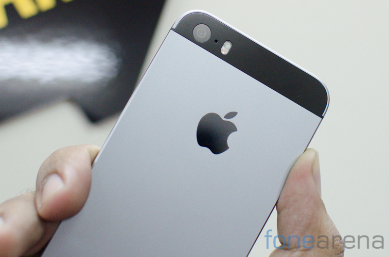 iPhone SE -3