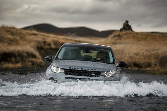 Land Rover Explores New Terrain in Consumer Smartphone Technology with Bullitt Group (PRNewsFoto/Bullitt Group)