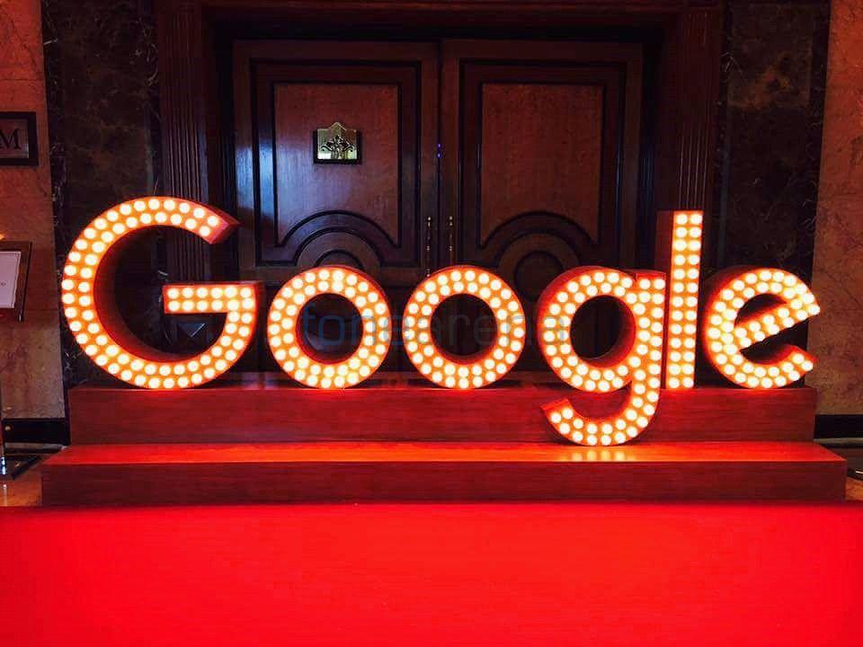 google-logo-lights-fonearena
