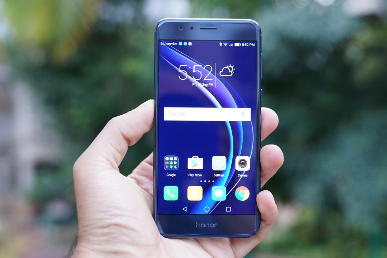 sports shoes 60786 ee436 Weekly Roundup: Honor 8, Holly 3, Waterproof solar power bank ...