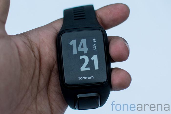 tom-tom-fitness-wearables-6