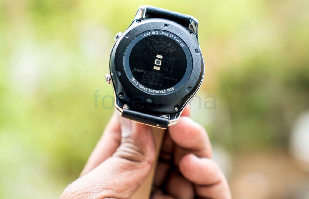 Samsung Gear S3 Classic_fonearena-08