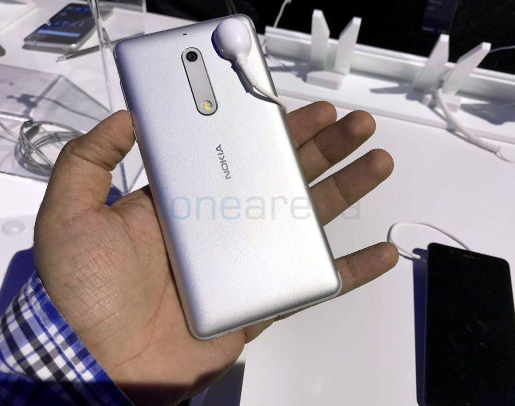 Nokia 5_fonearena-01