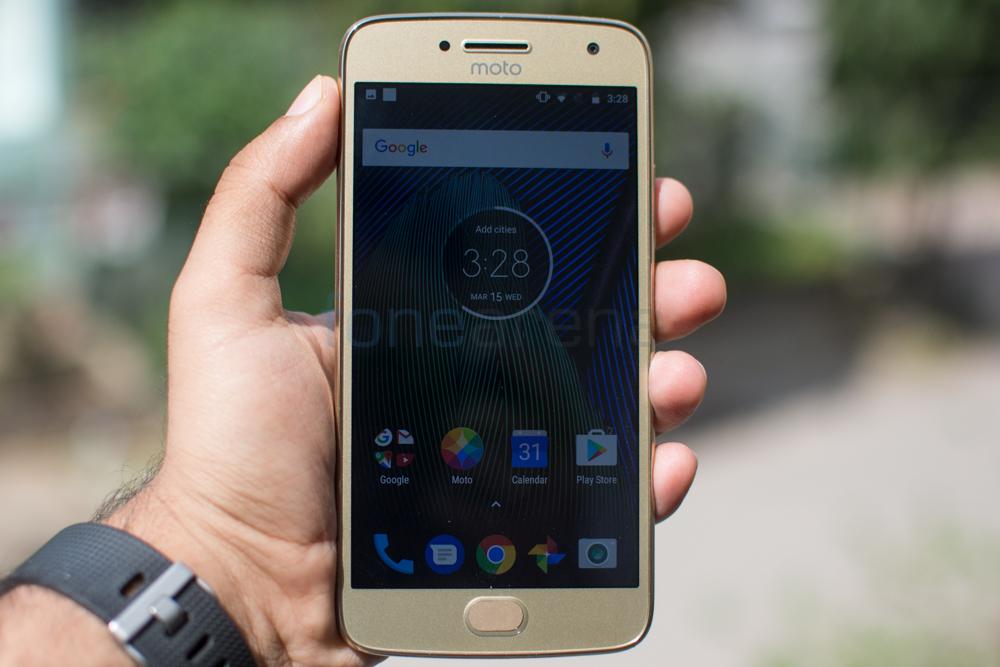 Moto G5 Plus Review -8