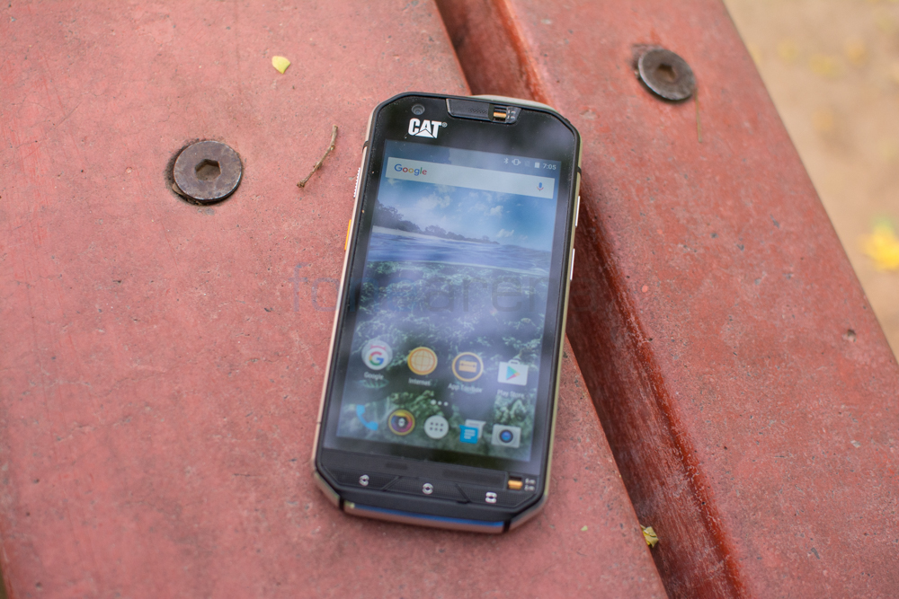 CAT S60 Review -4
