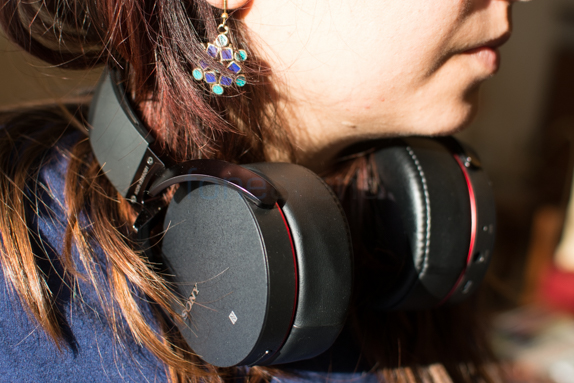 Sony MDR-XB950B1 Extra Bass Headphone Review -9