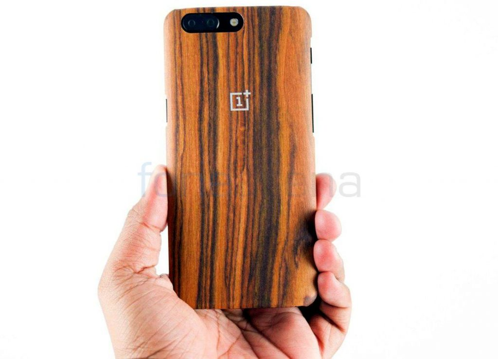 buy online e4427 01c4a OnePlus 5 Sandstone, Ebony, Karbon and Rosewood Cases Unboxing
