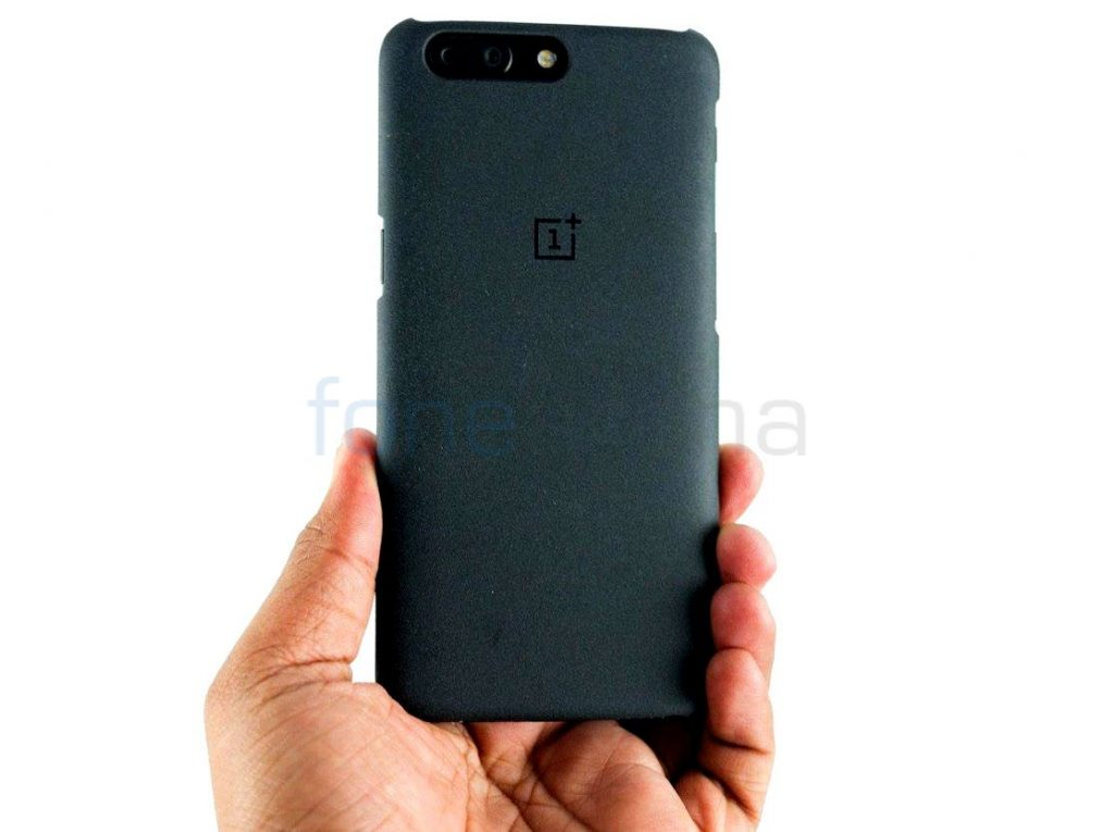 buy online 1a70b 17500 OnePlus 5 Sandstone, Ebony, Karbon and Rosewood Cases Unboxing